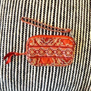 ♦️FREE w/purchase | Vera Bradley Tech Wristlet